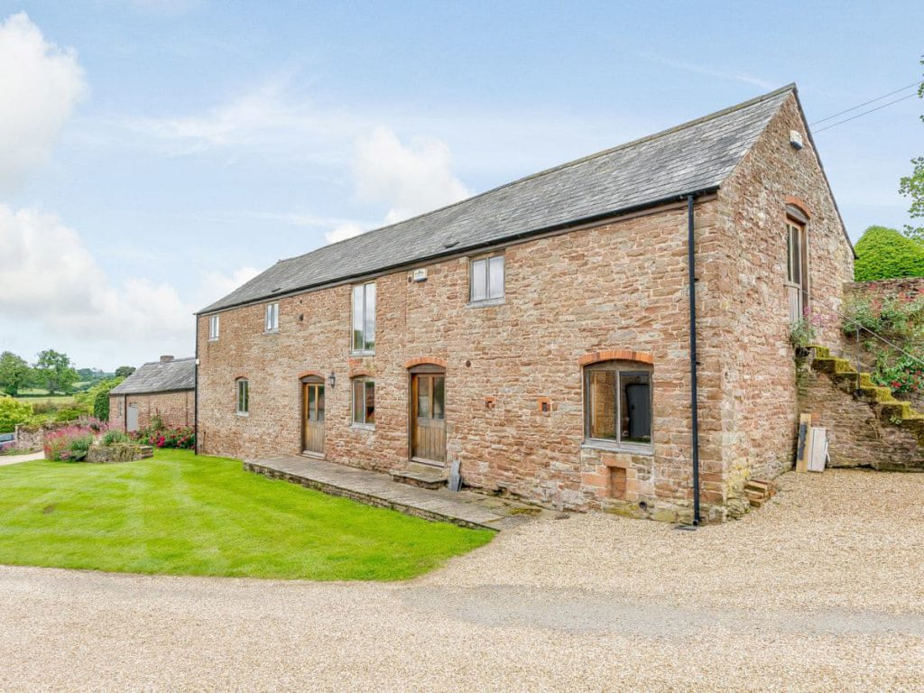 Wedding Accommodation at Grendon Court Barn